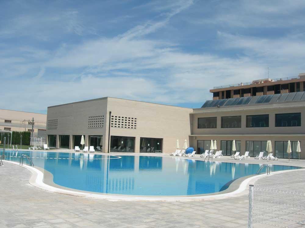 Alfafar crea bonos para la piscina municipal for Piscina municipal de valencia