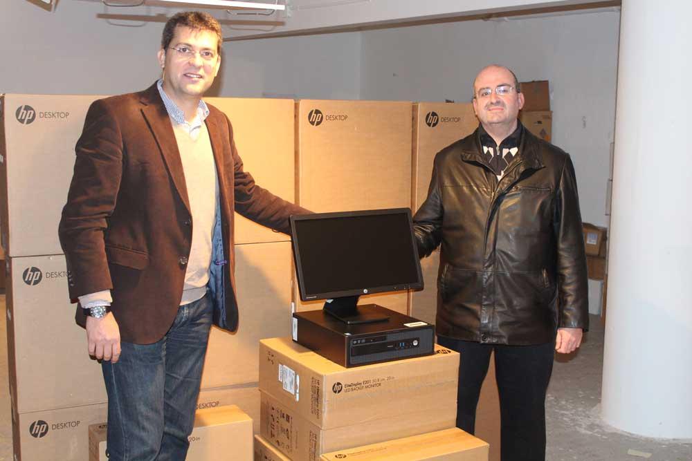 Llegaron a Alfafar los 12 ordenadores adjudicados por la Diputació