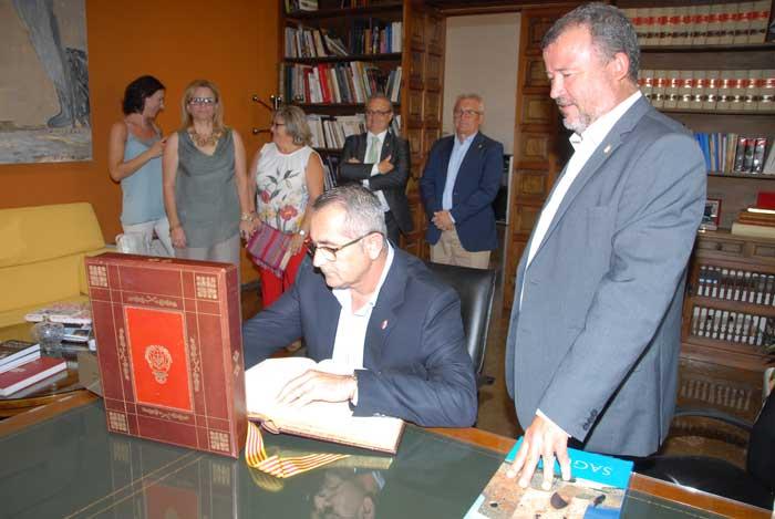 alcalde de la Unión visita Sagunto